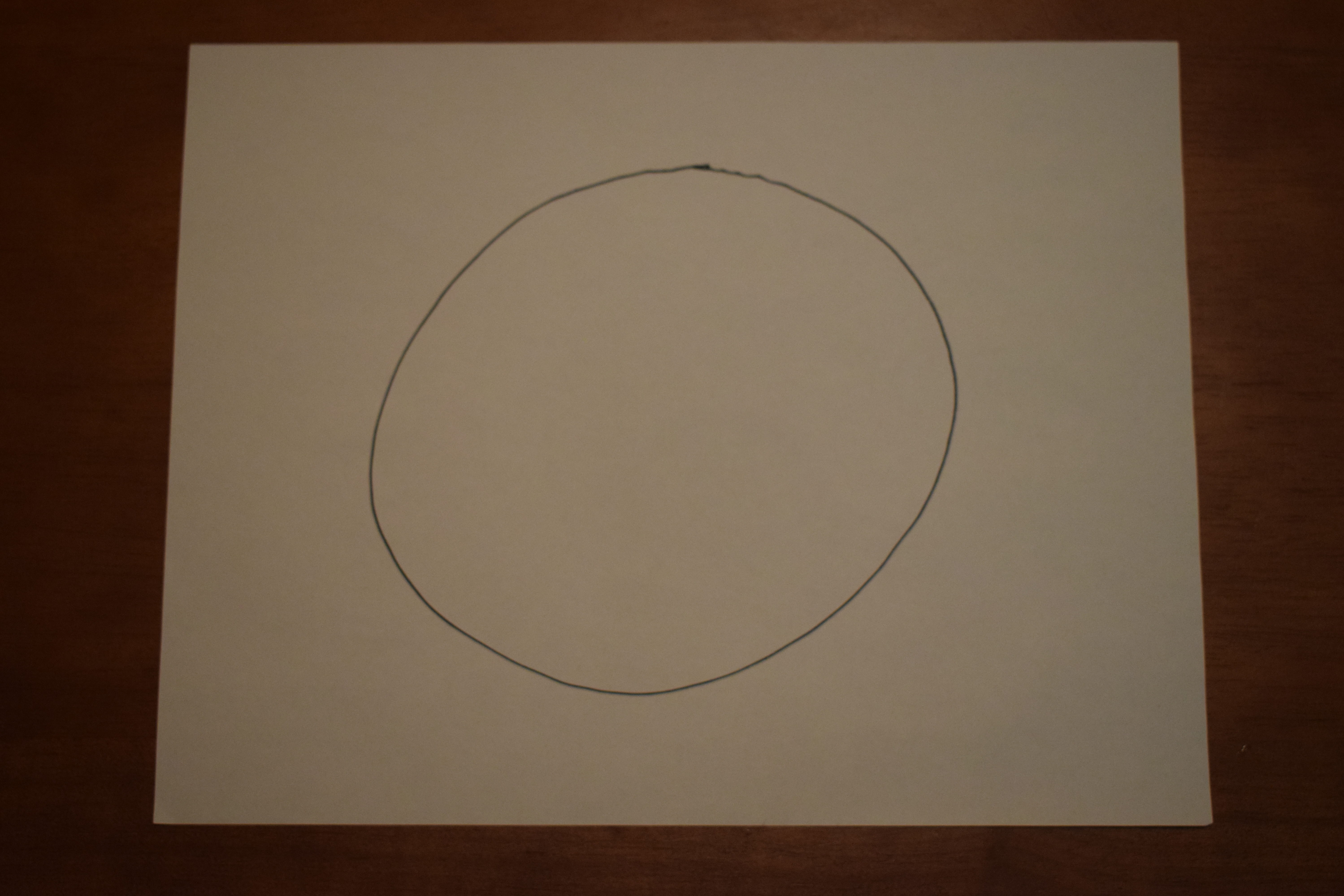 コンパス無しで綺麗な円を描けない