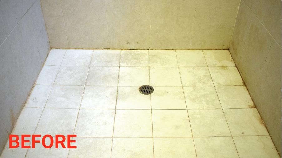 掃除する前の汚れた床